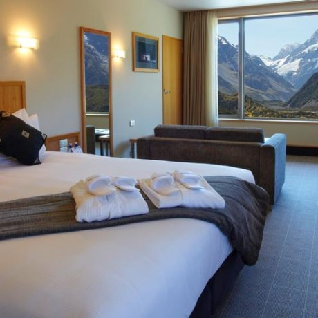 Hermitage hotel Mt Cook room with a view